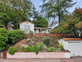 1015 Oxford, Berkeley $1,050,000