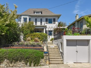 5844 Lawton Ave, Berkeley. $2,395,000