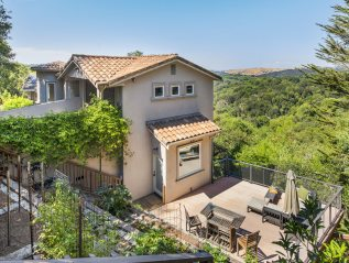 12956 Brookpark Rd, Oakland, CA 94619 Sold $1,850,000